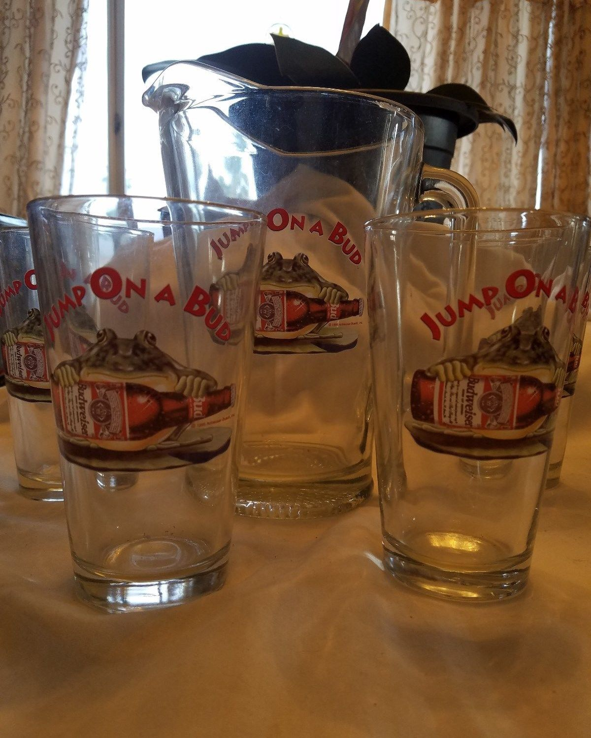 Budweiser Frog Glasses