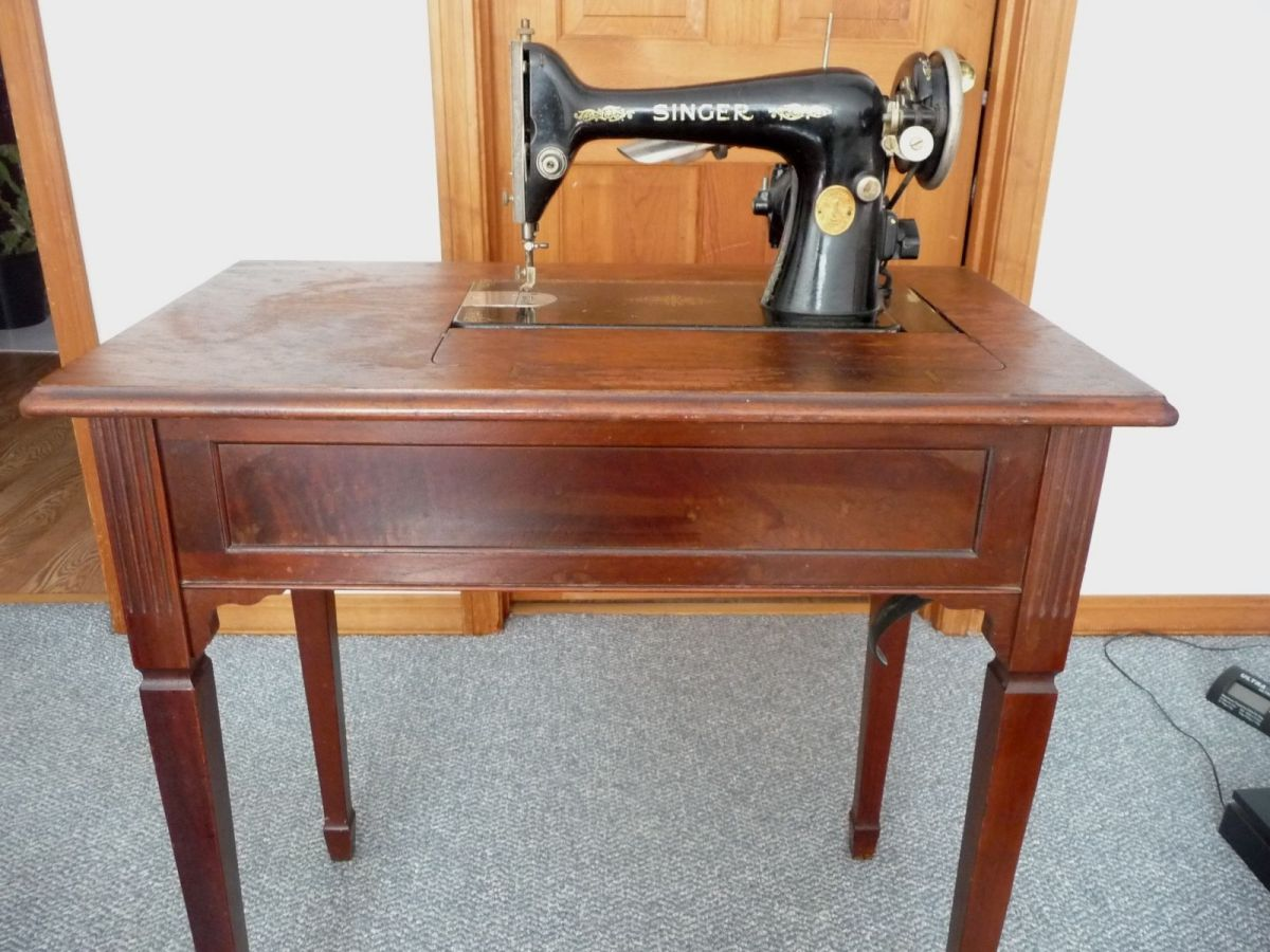1929 singer hideaway sewing machine antique table parts attachments model 66 6 site title - Singer sewing machine table ...